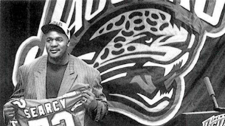 Leon Searcy Leon Searcy on Feb. 18, 1996: The day he became the NFL's highest paid offensive lineman.