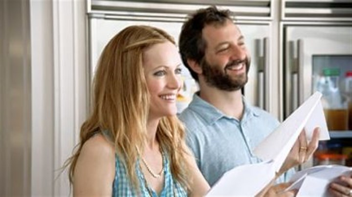 "Leslie Mann and Judd Apatow Spouses Leslie Mann and Judd Apatow based their movie ""This Is 40"" on real-life experiences."