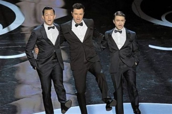 MacFarlane Oscar dance number Joseph Gordon-Levitt, host Seth MacFarlane and Daniel Radcliffe perform a dance number at Sunday night's Oscar ceremony.