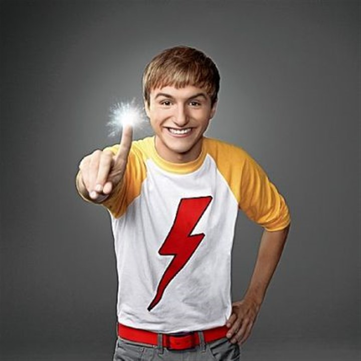 "Marvin, Marvin Lucas Cruikshank is back on Nickelodeon, this time portraying an alien on Earth on ""Marvin, Marvin."""