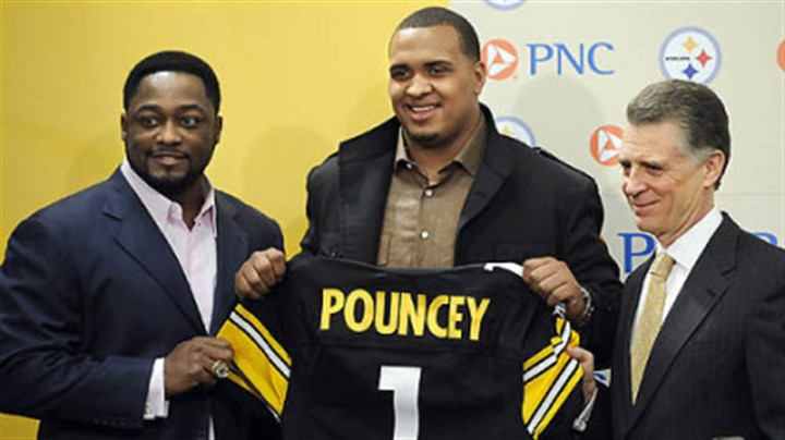 Maurkice Pouncey Steelers first-round draft pick Maurkice Pouncey with head coach Mike Tomlin and team president Art Rooney II at an introductory press conference.
