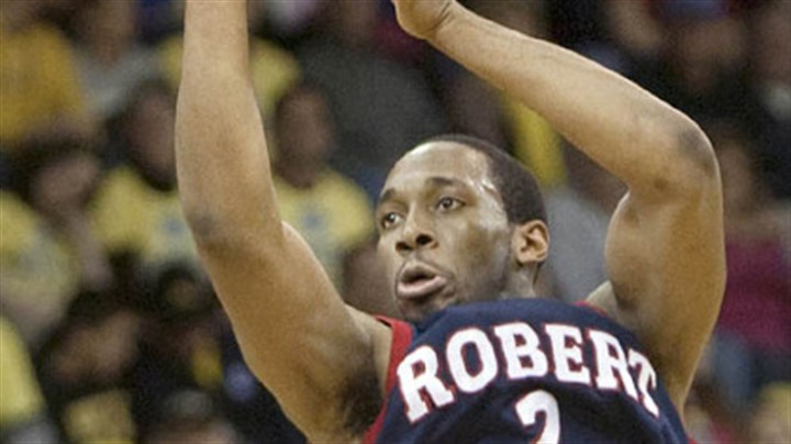 Mezi Nwigwe Robert Morris gaurd Mezie Nwigwe shoots against Quinnipiac during first half of the Northeast Conference college championship basketball game in Hamden, Conn., Wednesday.