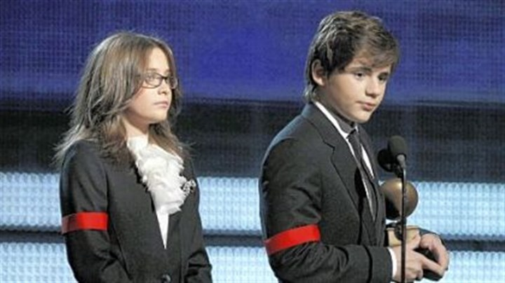 Michael Jackson children Michael Jackson's children Paris, left, and Prince Michael Jackson II accept the Lifetime Achievement award on behalf of their late father at the Grammy Awards on Sunday in Los Angeles.