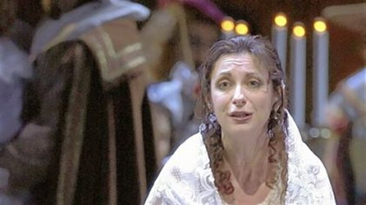 "Natalie Dessay Natalie Dessay sings the title role in ""Lucia di Lammermoor"" at the Lyric Opera in Chicago in 2004."