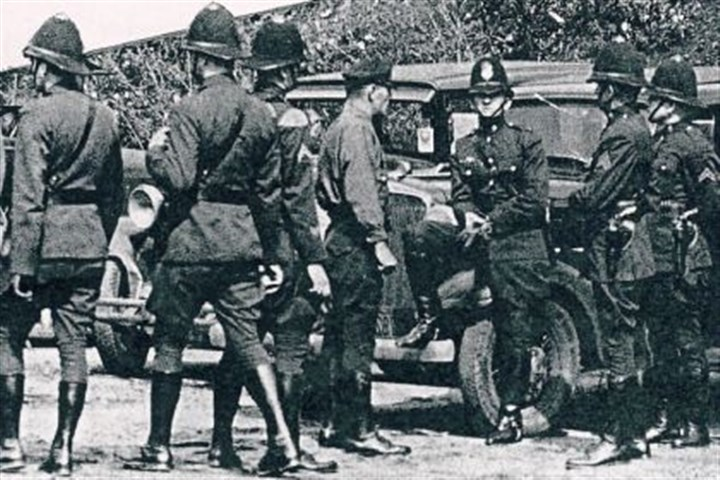 next fayette troopers A group of state troopers in Fayette County during the 1933 strike.