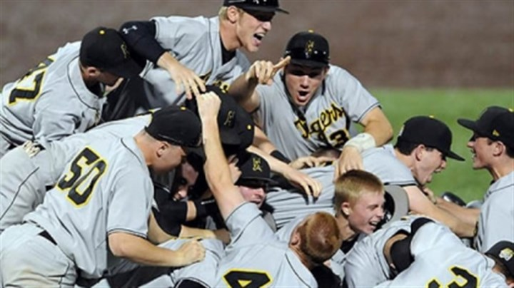 North Allegheny teammates North Allegheny teammates celebrate after defeating Seneca Valley in the WPIAL class AAAA championship at Consol Energy Park Wednesday night.