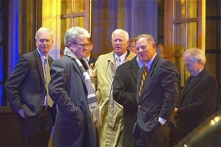 Obama dinner From left: Sens. Ron Johnson, R-Wis.; Thomas Coburn, R-Okla.; Saxby Chambliss, R-Ga.; Richard Burr, R-N.C., and Bob Corker, R-Tenn., are seen outside the Jefferson Hotel in Washington following a dinner Wednesday evening with President Barack Obama.