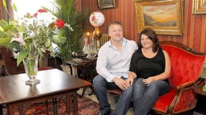 Old Allegheny house tour Mark and Kim Moore will open the doors of their Beech Avenue home for the annual Old Allegheny Victorian Christmas House Tour.