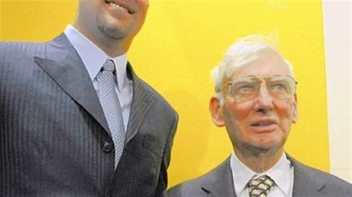 Ownership on its way Shown here with Ben Roethlisberger, Steelers chairman Dan Rooney, right, and his son, Art II, could have majority ownership of the Steelers by the end of the year.