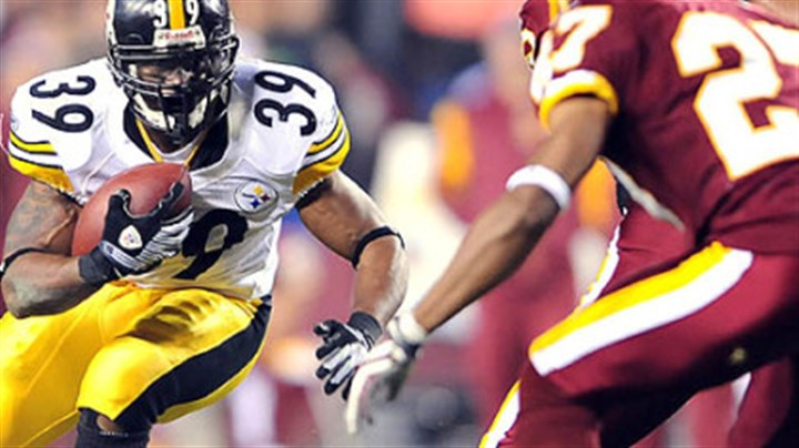 Picks up yardage Willie Parker picks up yardage against the Redskins last night. Parker ran for 70 yards with one score in his first game back from knee injury.