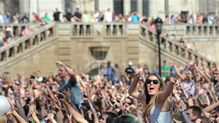 Concert review Pop star Ke$ha brings party to Pitt