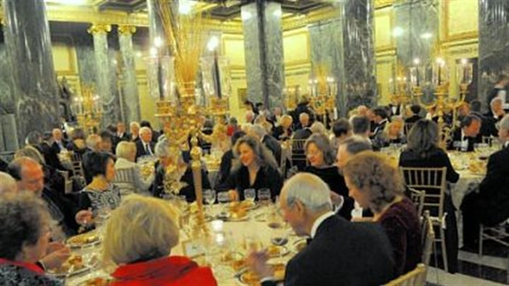 Pittsburgh Opera's Auld Land Syne New Year's Eve Guests dined in Carnegie Museum's Music Hall foyer before the concert.
