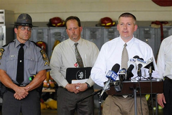 police conference latrobe Captain Stephen Eberle of the Pennsylvania State Police speaks during a press conference in Latrobe after an 18-hour standoff which left one man dead and a SWAT officer injured.