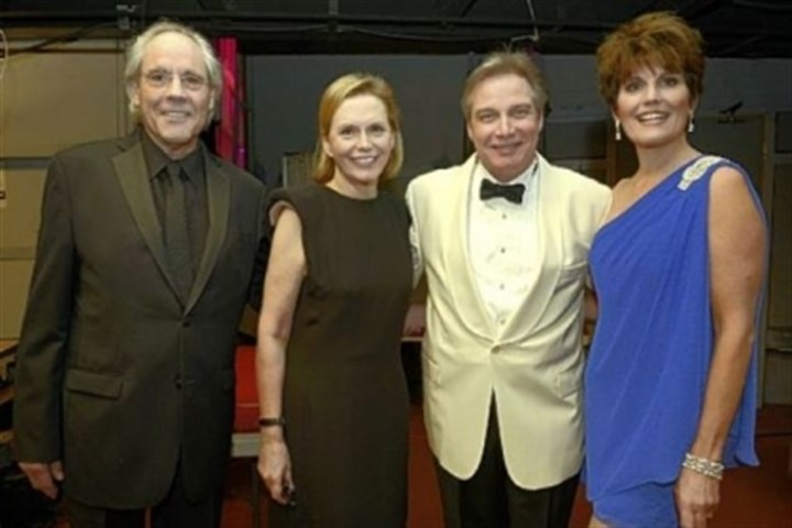 Robert Klein, Terre Hamlish, J. Ernest Green and Lucie Arnaz Robert Klein, Terre Hamlish, J. Ernest Green and Lucie Arnaz.