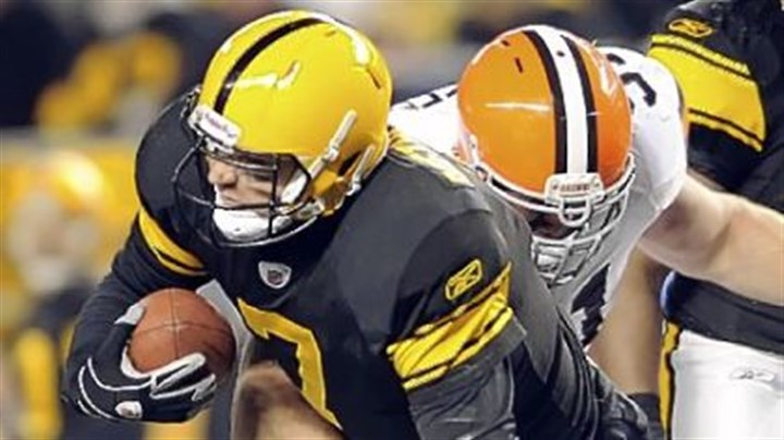 roethlisberger Ben Roethlisberger's left foot is twisted underneath Browns defensive lineman Scott Paxson in the second quarter Thursday. Roethlisberger left the game but returned to start the second half.