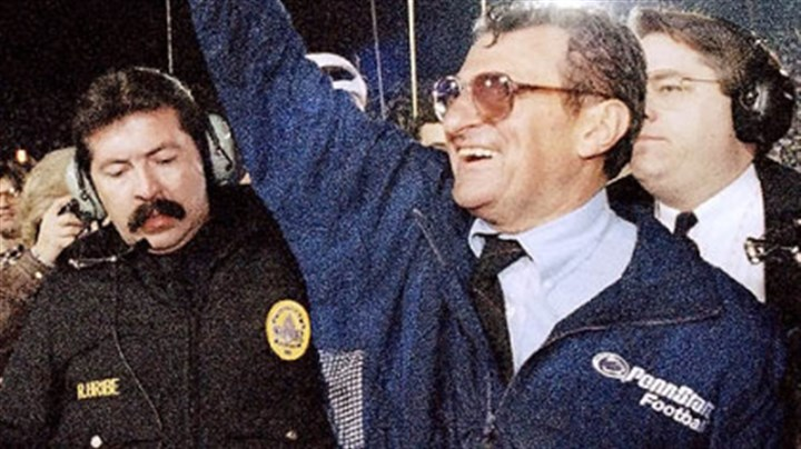 Rose Bowl victory In this Jan. 2, 1995 file photo, Penn State head coach Joe Paterno smiles as he celebrates his team's victory over the University of Oregon in the Rose Bowl college game in Pasadena, Calif.