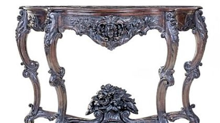 Rosewood pier table New York classical carved rosewood pier table with marble top is estimated to sell for $2,000 to $4,000, according to Northeast Auctions.