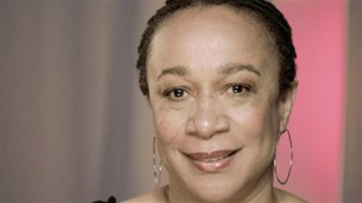 "S. Epatha Merkerson Actress S. Epatha Merkerson hosts ""Find Our Missing,"" a show that debuts Wednesday on cable's TV One."