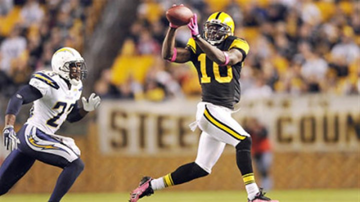 Santonio Holmes Steelers wide receiver Santonio Holmes's sickle-cell trait will not be an issue in Denver's altitude.