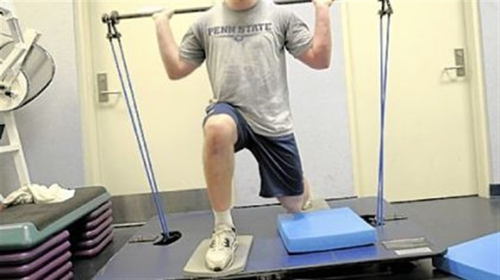 Sean Lee Penn State's All-American linebacker Sean Lee continues the rehabilitation of his injured right knee at the school's football facilities this week.