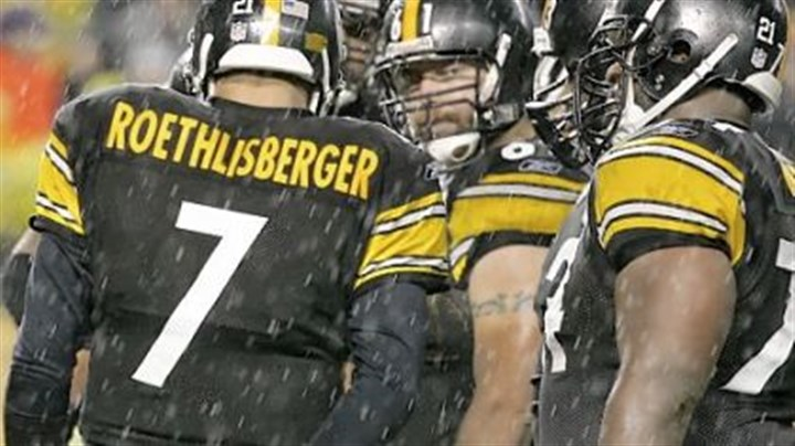 Sean Mahan (61) Sean Mahan (61) was overpowered by some of the bigger nose tackles in the league and the Steelers signed free agent Justin Hartwig to replace him.
