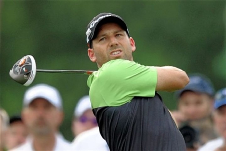 sergio Sergio Garcia is tied for the lead after one round at the Masters with a 6 under.