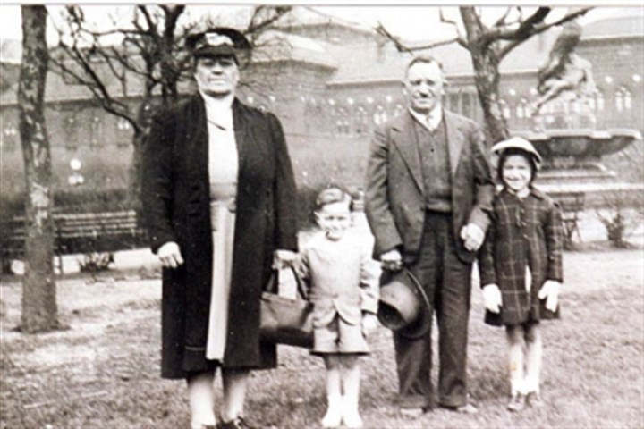 Sestili Mary Ann Sestili, far right, at Schenley Park around 1945 with, from left, her grandmother, Antoinette Casciato, her brother, Bob Sestili, and her grandfather, Nicolas Casciato.
