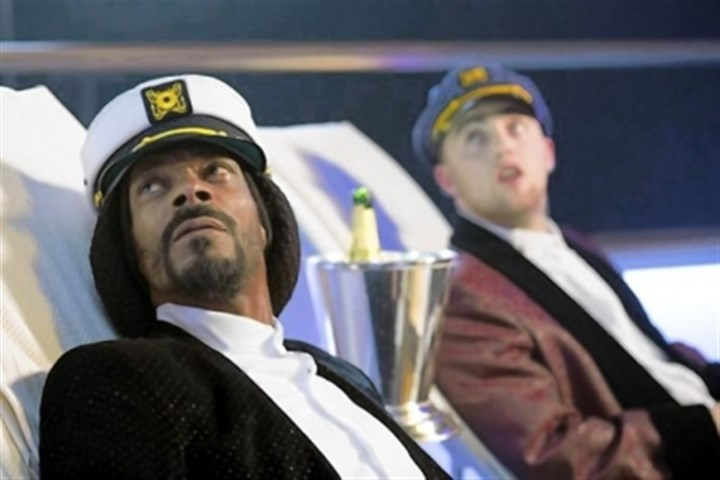 "Snoop Dogg and Mac Miller Snoop Dogg, left, and Mac Miller in ""Scary Movie 5."""