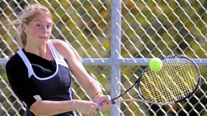 Spencer Caravaggio Quaker Valley's Spencer Caravaggio finished second in the PIAA Class AA singles tournament despite being hampered by a sore right shoulder that forced her to serve underhand.