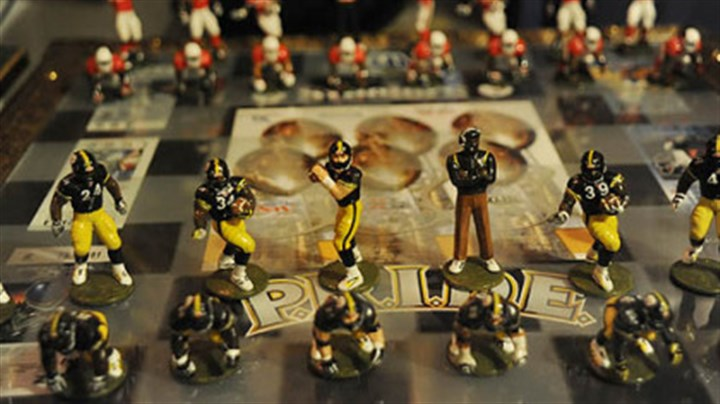 Steelers chess set Shown here is a hand painted Steelers vs. Cardinals Super Bowl chess set.