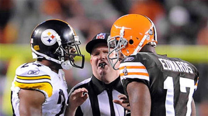 Steelers cornerback Ike Taylor Steelers cornerback Ike Taylor gets in the face of Browns receiver Braylon Edwards last night.