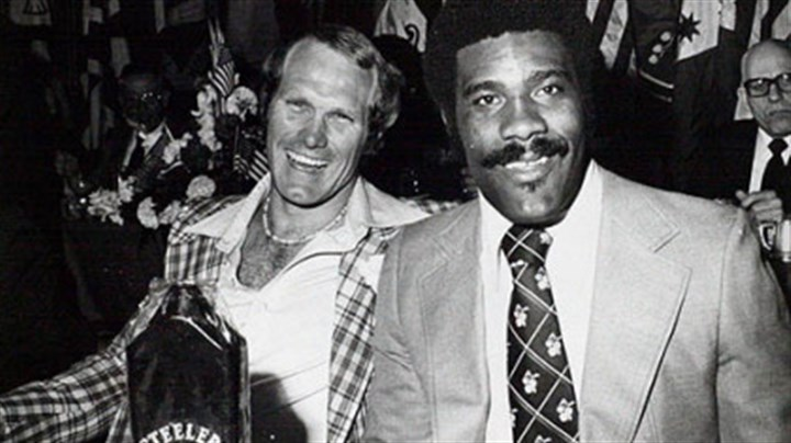 Steelers Terry Bradshaw and Joe Greene Terry Bradshaw, left, and Joe Greene -- two Steelers icons -- seen here during the team's 1970s heyday.