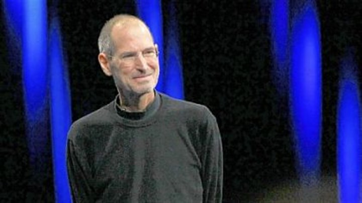 What are the communication laws that made Apple tell shareholders about Steve Jobs' illness?