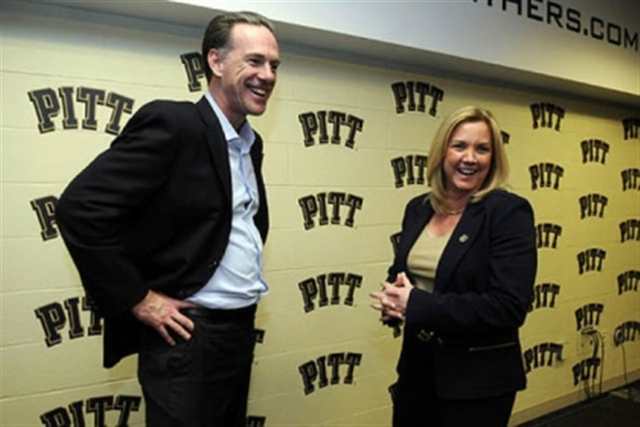 Suzie McConnell-Serio Suzie McConnell-Serio, right, talks with Pitt mens basketball coach Jamie Dixon Friday after a press conference announcing Ms. McConnell-Serio as the new womens basketball coach.