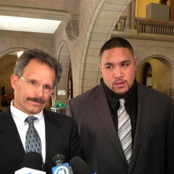 taamu and del greco Defense attorney Bob Del Greco (left) with Steelers nose tackle Alameda Ta'amu, who pleaded guilty today.