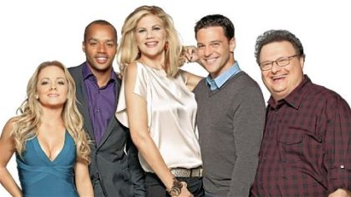 """The Exes"" ""The Exes"" stars, from left, Kelly Stables, Donald Faison, Kristen Johnston, David Alan Basche and Wayne Knight."