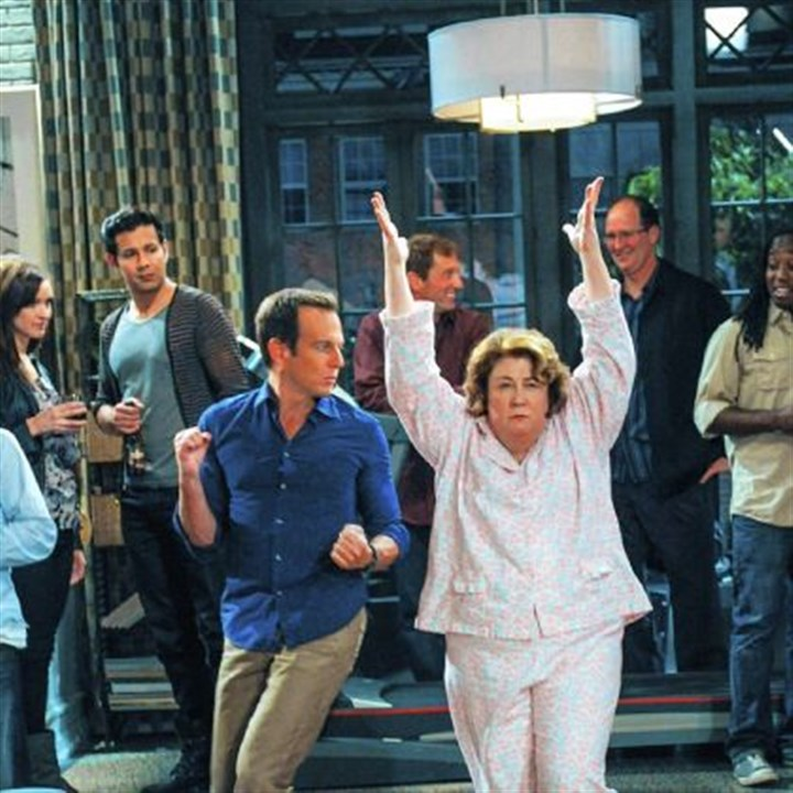 "'The Millers' ""The Millers"" stars Will Arnett, center, as Nathan Miller, and Margo Martindale portrays his meddlesome mother, Carol, who, after moving in with him, sleepwalks her way into Nathan's party and shares a dance with him."