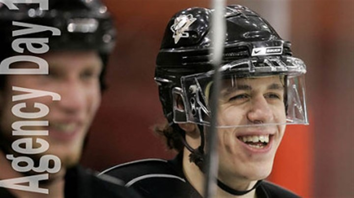 The NEARLY signed The NEARLY signed Evgeni Malkin