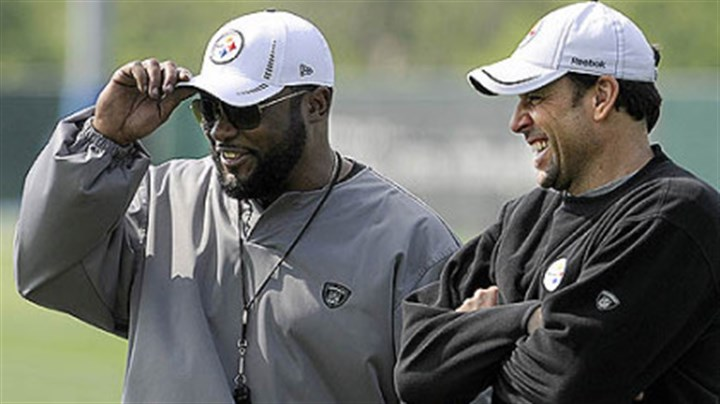Tomlin Steelers head coach Mike Tomlin talks with offensive coordinator Todd Haley during rookie mini-camp.