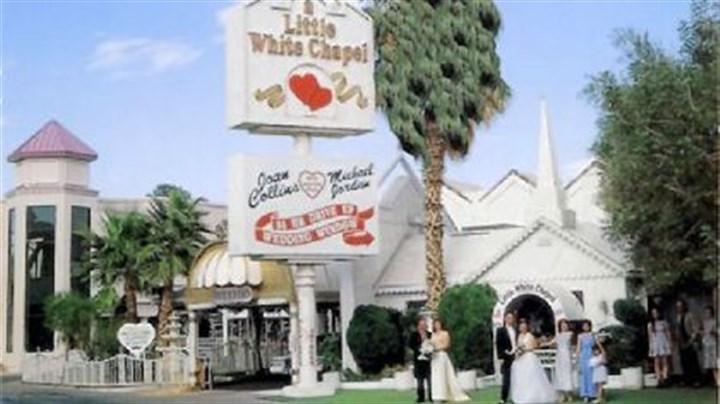 Viva Renewal Of Wedding Vows In Vegas