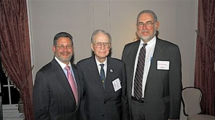 West Penn Burn unit celebrates 40 years Dr. I. William Goldfarb, Dr. John Gaisford and Dr. Harvey Slater.