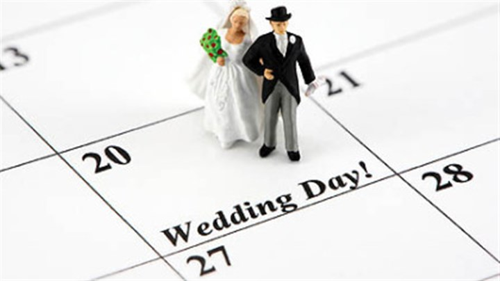 Whcih day is the Big Day? Clever save-the-dates set the tone for your wedding and get your guests excited.
