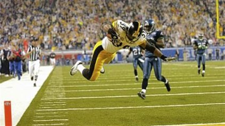 Willie Parker scores Willie Parker scores on his memorable 75-yard run in the third quarter of Super Bowl XL in February 2006.