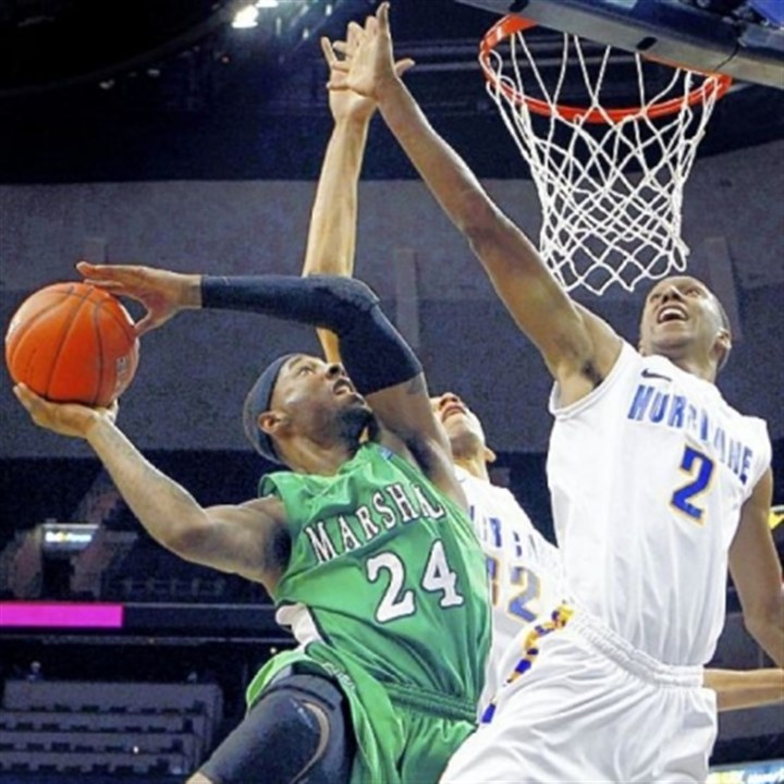 DeAndre Kane  DeAndre Kane averaged 15.1 points per game in his junior season at Marshall.