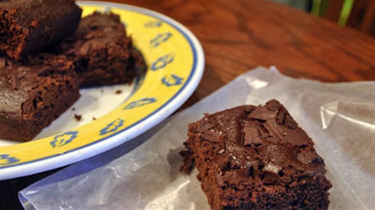 Light-Chocolate-Chunk-Brownies.jpg