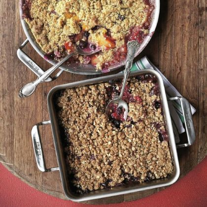"""Brown Sugar Oats Peak-of-the-Season Crisp with Brown Sugar Oats from """"The Dahlia Bakery Cookbook"""" can be made with a variety of fruits."""