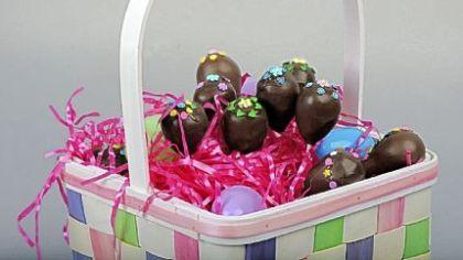 Easter cake pops Easter cake pops.