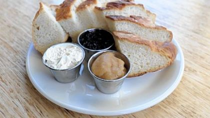 Farm bread Farm bread with honey butter, blueberry jam and apple butter will be a menu item at The Porch.