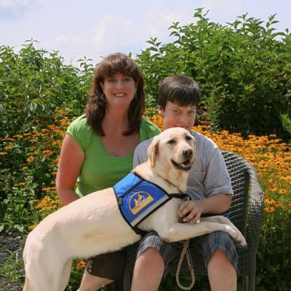 Julie and Joseph Leckenby with Inga IV Julie and Joseph Leckenby with Inga IV at their August 2010 graduation from Canine Companions for Independence in Delaware, Ohio.
