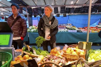Kristen Beddard Sewickley native Kristen Beddard (right) of The Kale Project at a market in Paris.